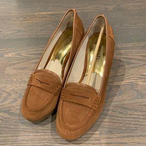 Michael Kors wedge suede shoes tan
